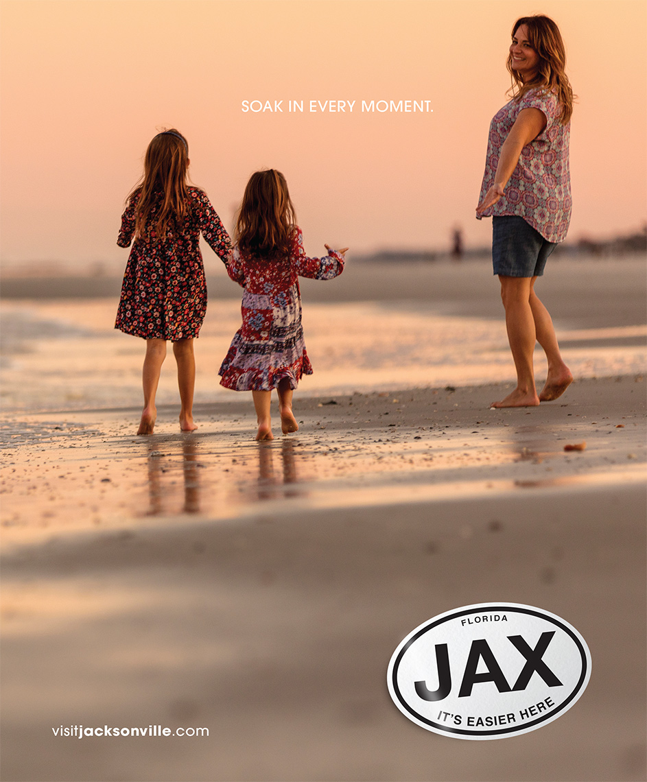 VISIT-JAX-GIRLS-ON-BEACH